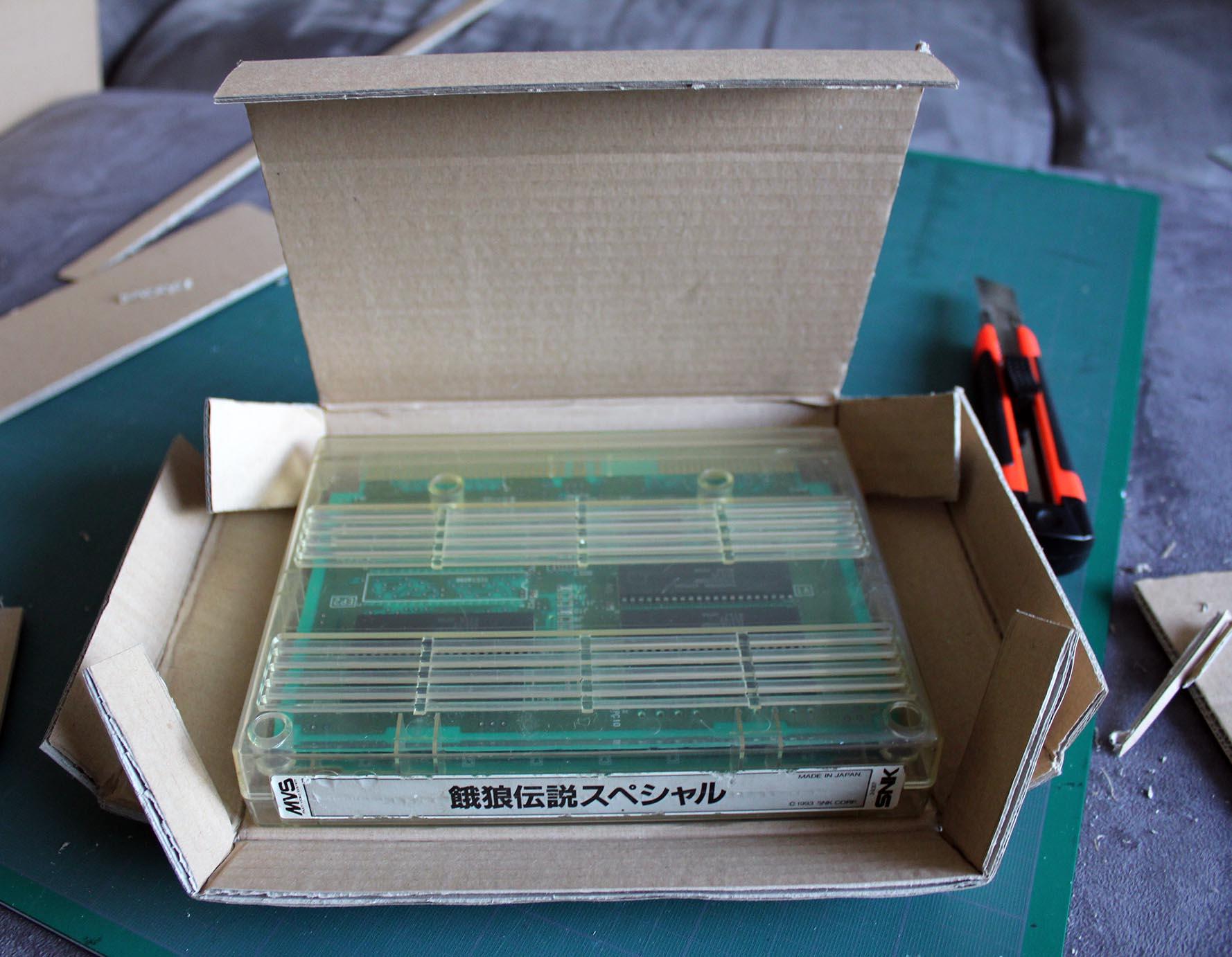 Faire ses propres boîtes cartons NEO GEO MVS Mvs04